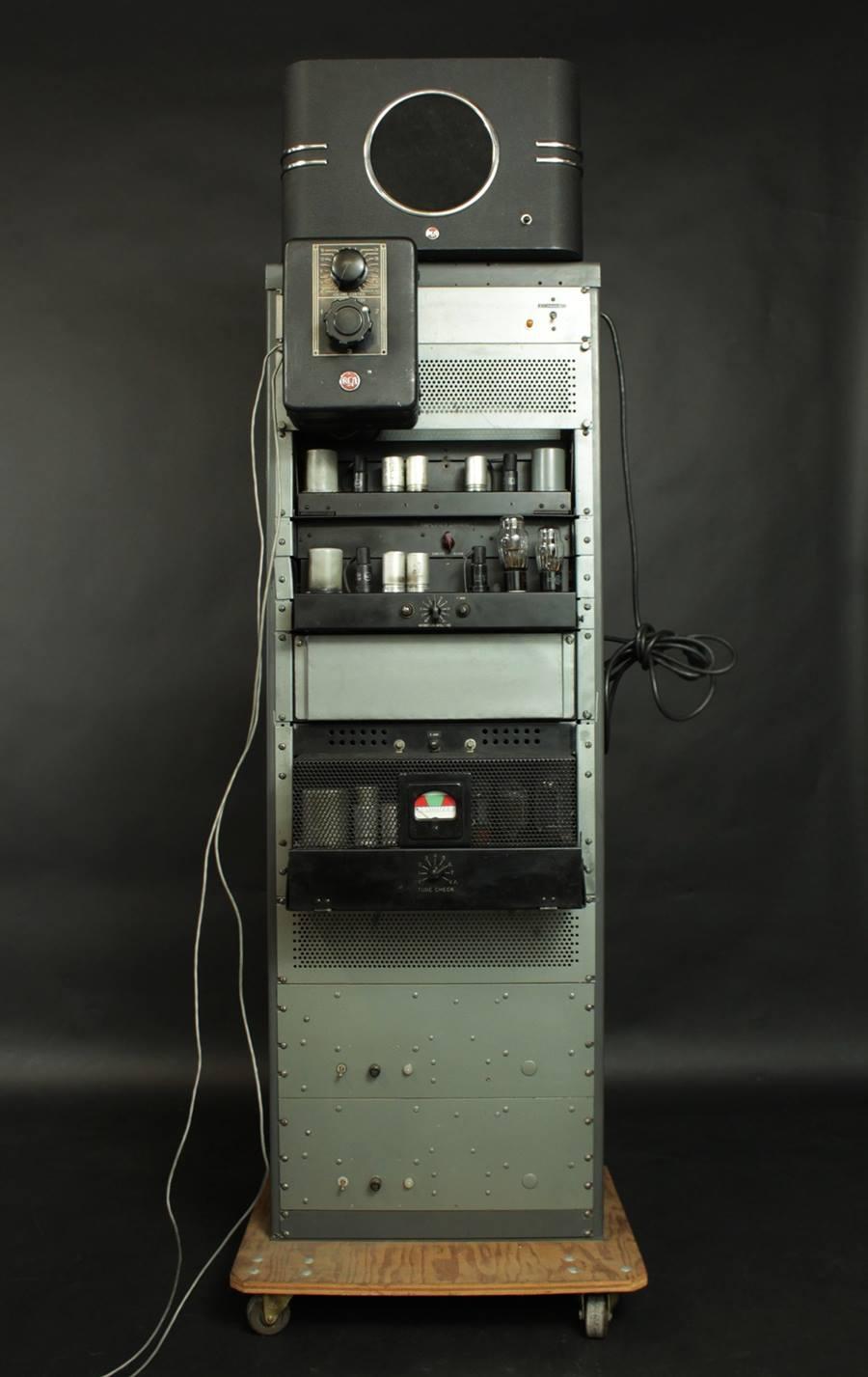 RCA MI-9354, MI-9375 ◇ 劇場用アンプ ◇2