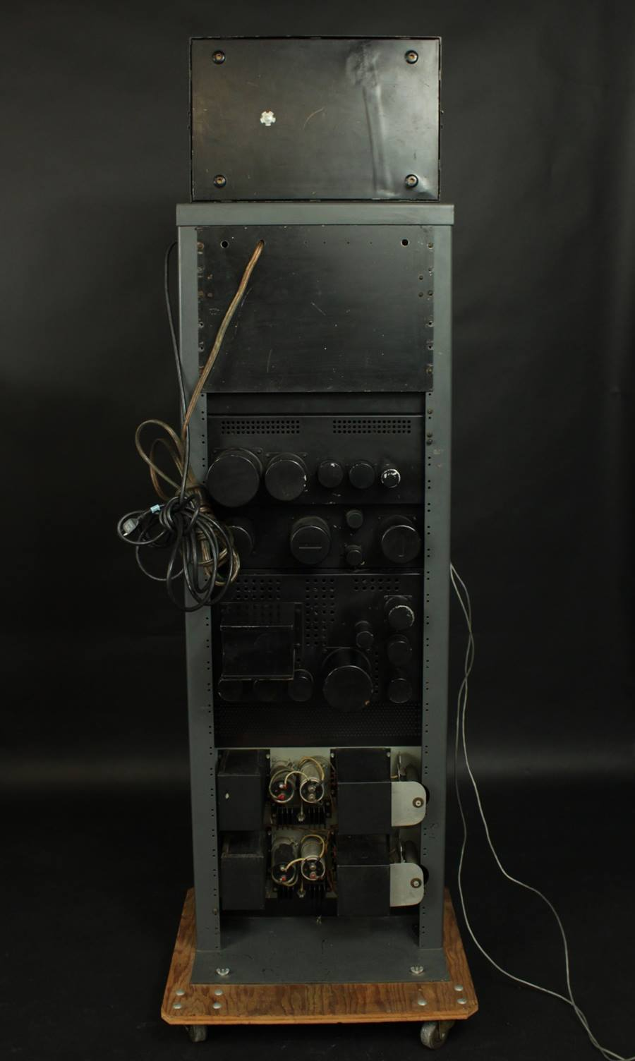 RCA MI-9354, MI-9375 ◇ 劇場用アンプ ◇3