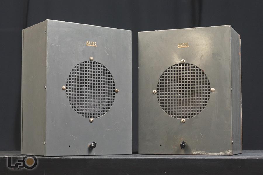 ALTEC 403A フルレンジ・ユニット + アルテックオリジナル工業用・キャビネット2