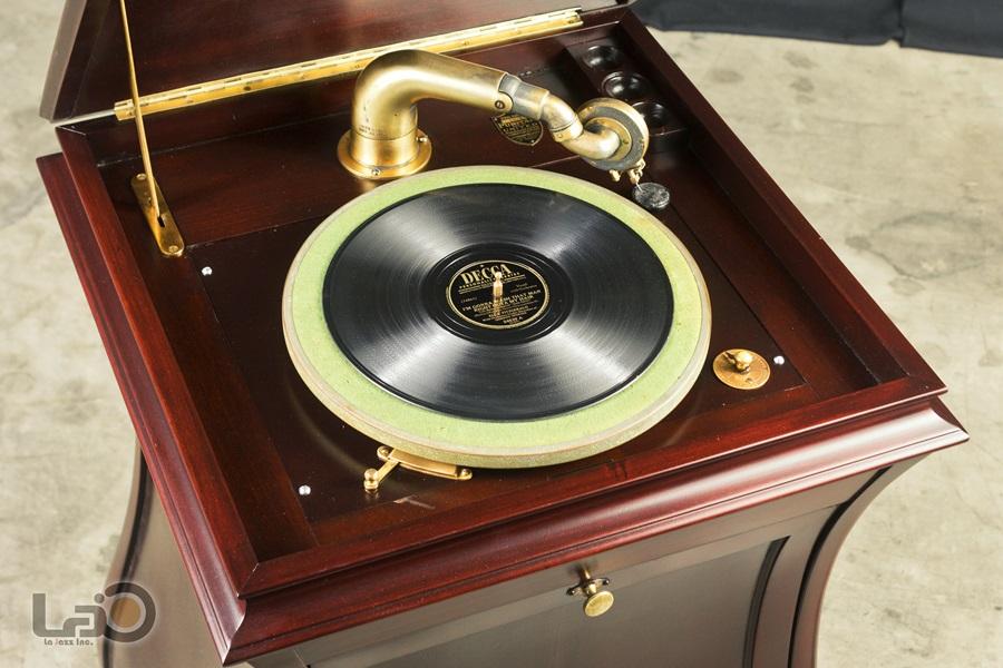 - PURITAN – PHONOGRAPH ◇ ピューリタン 1917年製SPレコード用蓄音器 ◇10