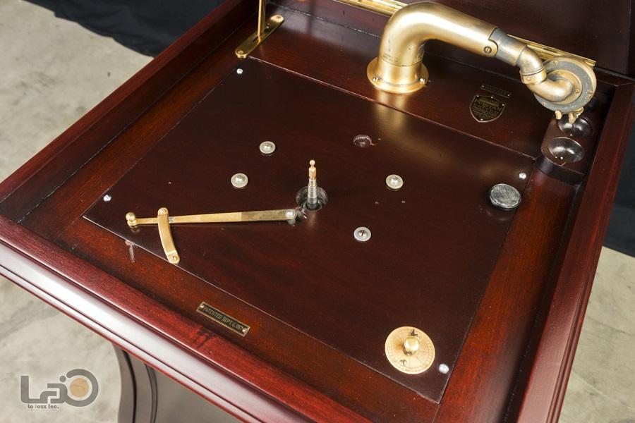 - PURITAN – PHONOGRAPH ◇ ピューリタン 1917年製SPレコード用蓄音器 ◇14