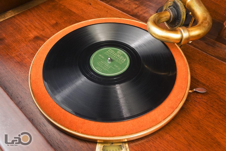 VITROLA CREDENZA PHONOGRAPH ◇ ビクター クレデンザ 蓄音器 2枚扉式 ◇18
